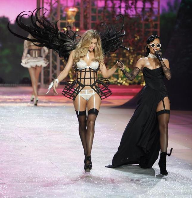 2012-victorias-secret-fashion-show_3